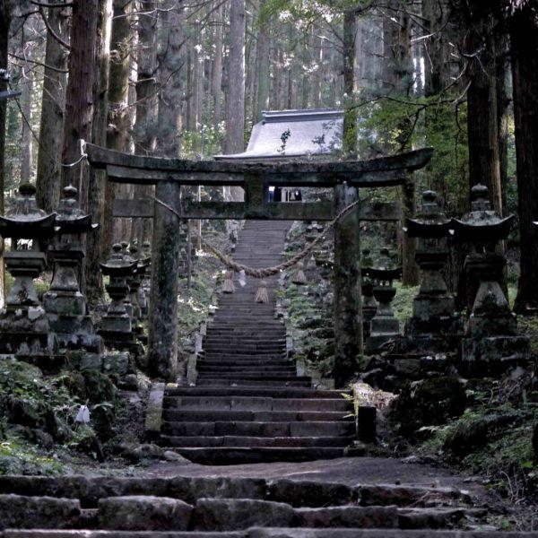 上色見熊野座神社 鳥居